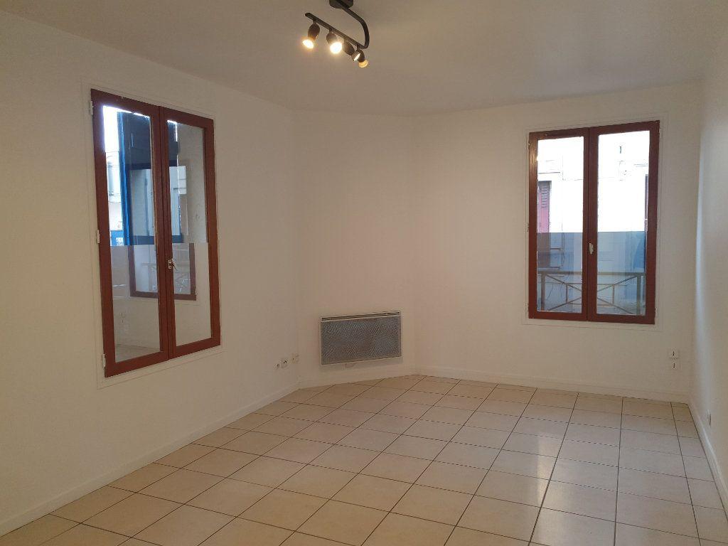 Appartement à louer 1 24.43m2 à Saint-Leu-la-Forêt vignette-3