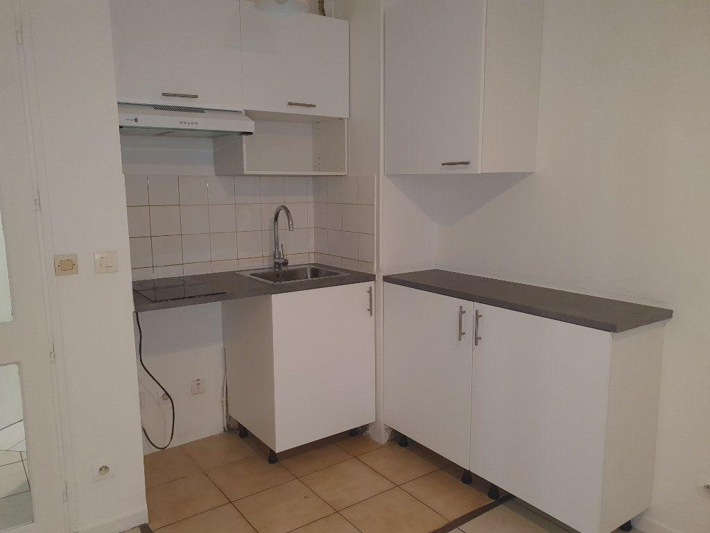 Appartement à louer 1 24.43m2 à Saint-Leu-la-Forêt vignette-4