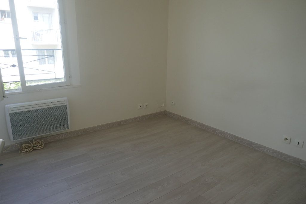 Appartement à louer 1 19.42m2 à Cormeilles-en-Parisis vignette-2