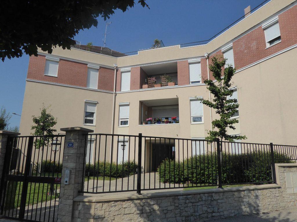 Appartement à louer 2 44.26m2 à Cormeilles-en-Parisis vignette-2