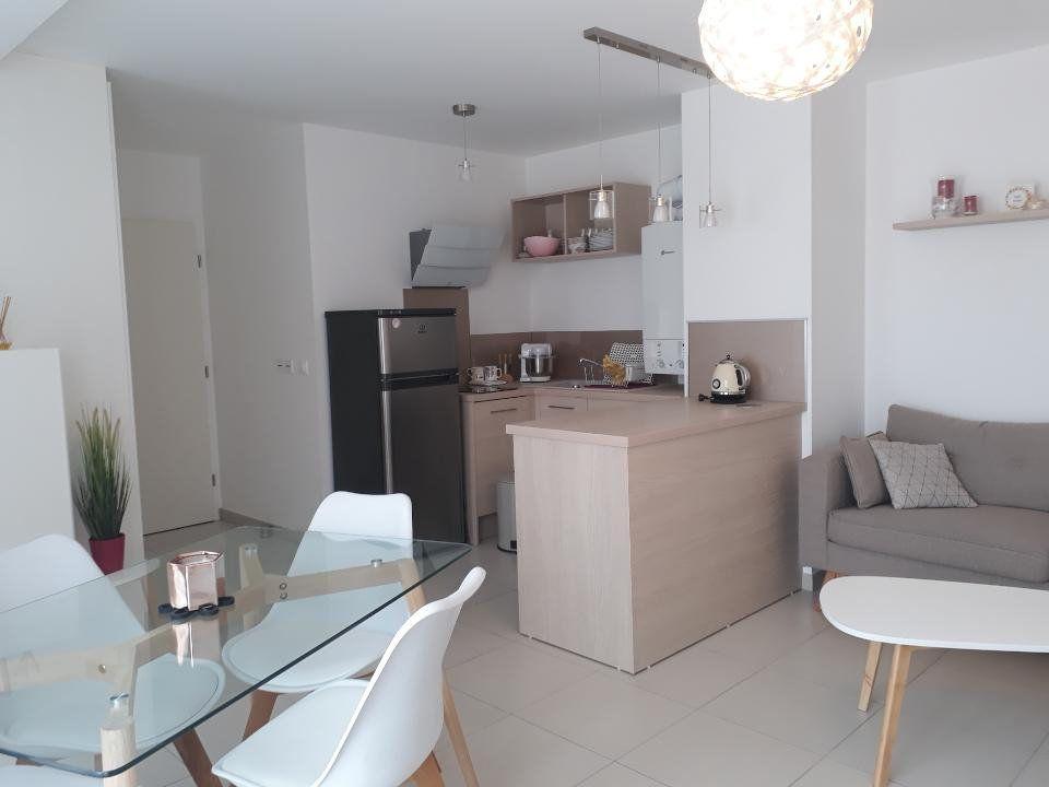 Appartement à louer 1 37.05m2 à Saint-Leu-la-Forêt vignette-1