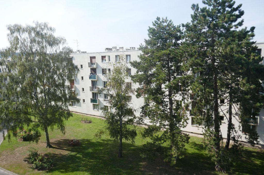 Appartement à louer 3 57.03m2 à Franconville vignette-2