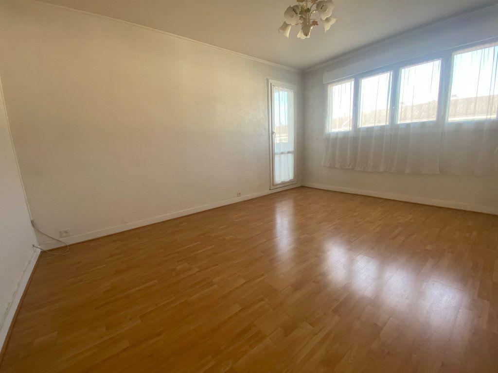 Appartement à louer 3 59.15m2 à Franconville vignette-1
