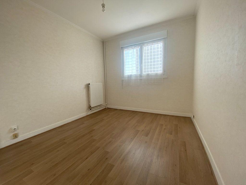 Appartement à louer 3 59.15m2 à Franconville vignette-5