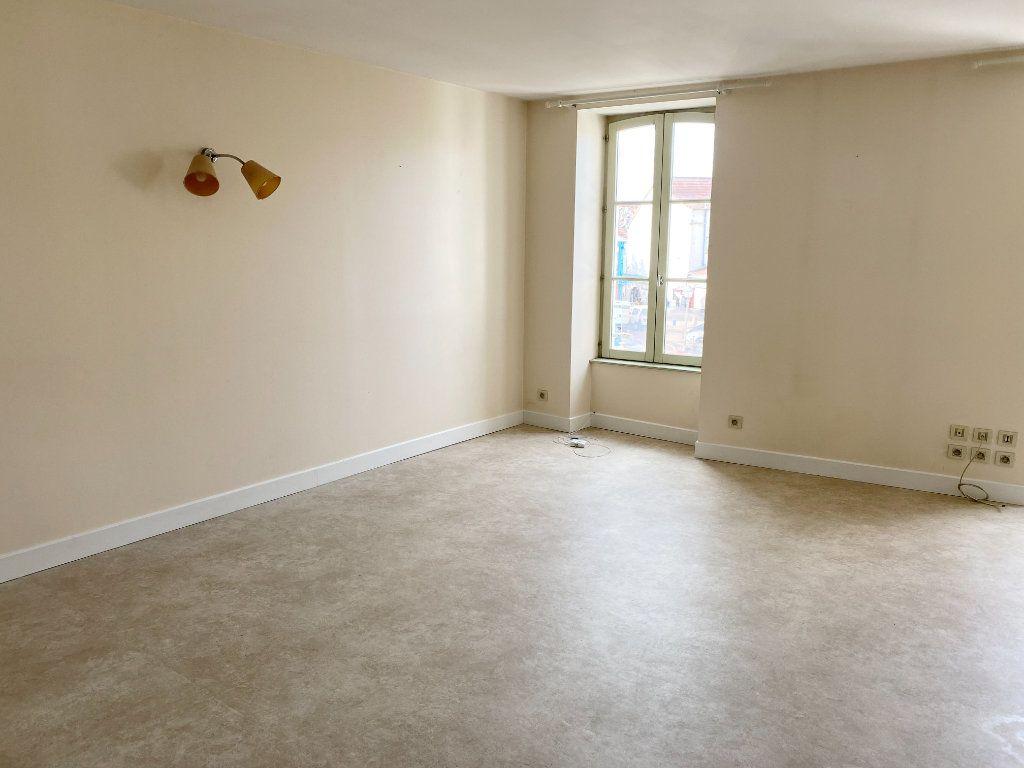 Appartement à louer 2 56m2 à Brethenay vignette-3