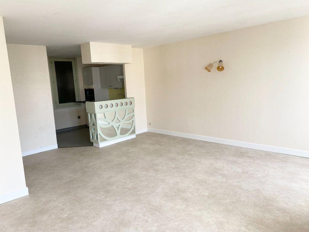 Appartement à louer 2 56m2 à Brethenay vignette-4