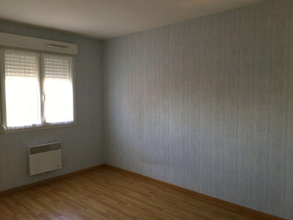 Maison à louer 4 94m2 à Chaumont vignette-5