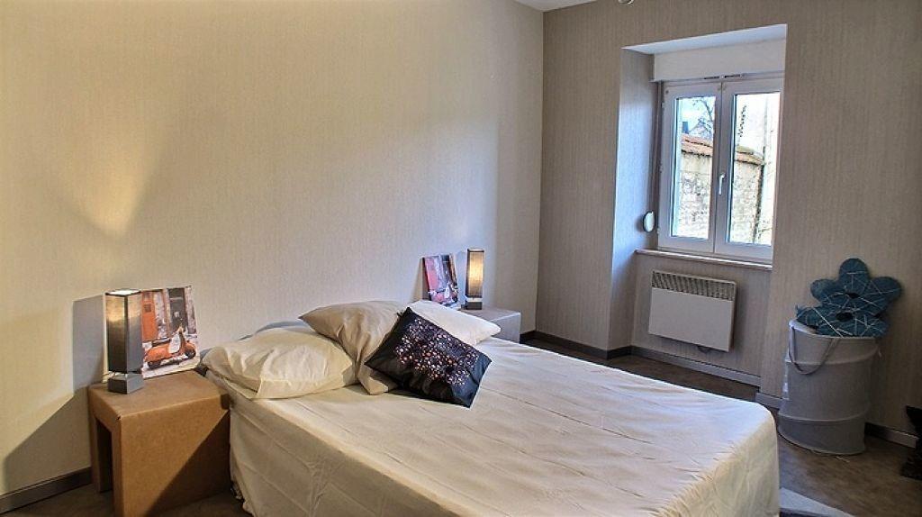 Appartement à louer 2 36m2 à Chaumont vignette-1