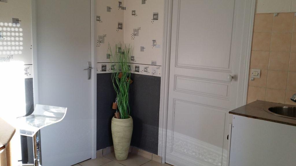 Appartement à louer 2 36m2 à Chaumont vignette-2