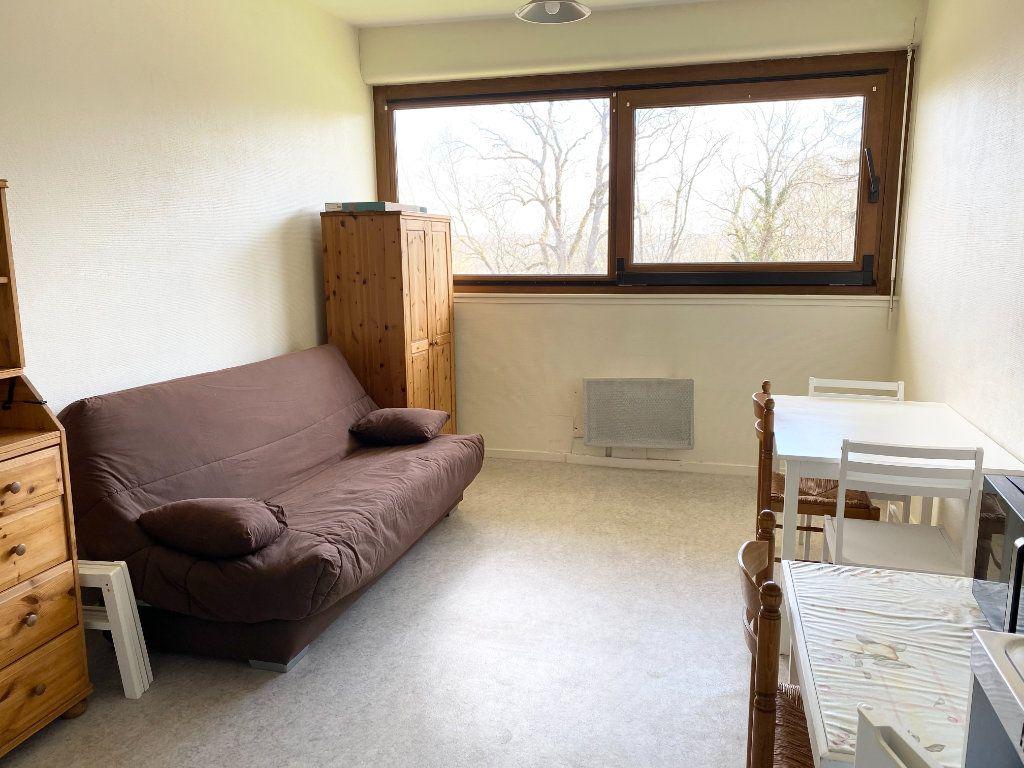 Appartement à louer 1 23m2 à Chaumont vignette-2