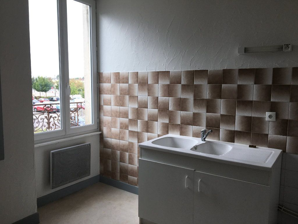 Appartement à louer 2 45m2 à Chaumont vignette-5
