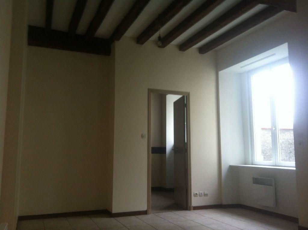 Appartement à louer 2 35m2 à Chaumont vignette-2