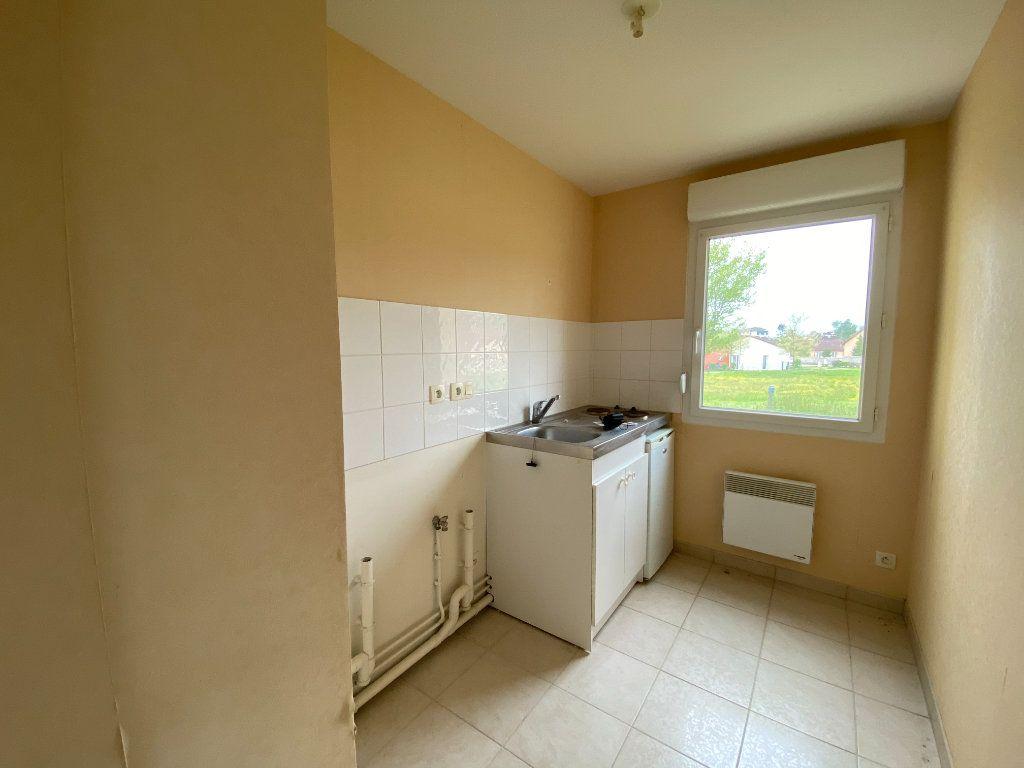 Appartement à vendre 3 64.23m2 à Nogent vignette-2