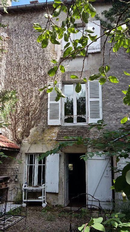 Maison à vendre 6 133m2 à Doulaincourt-Saucourt vignette-1