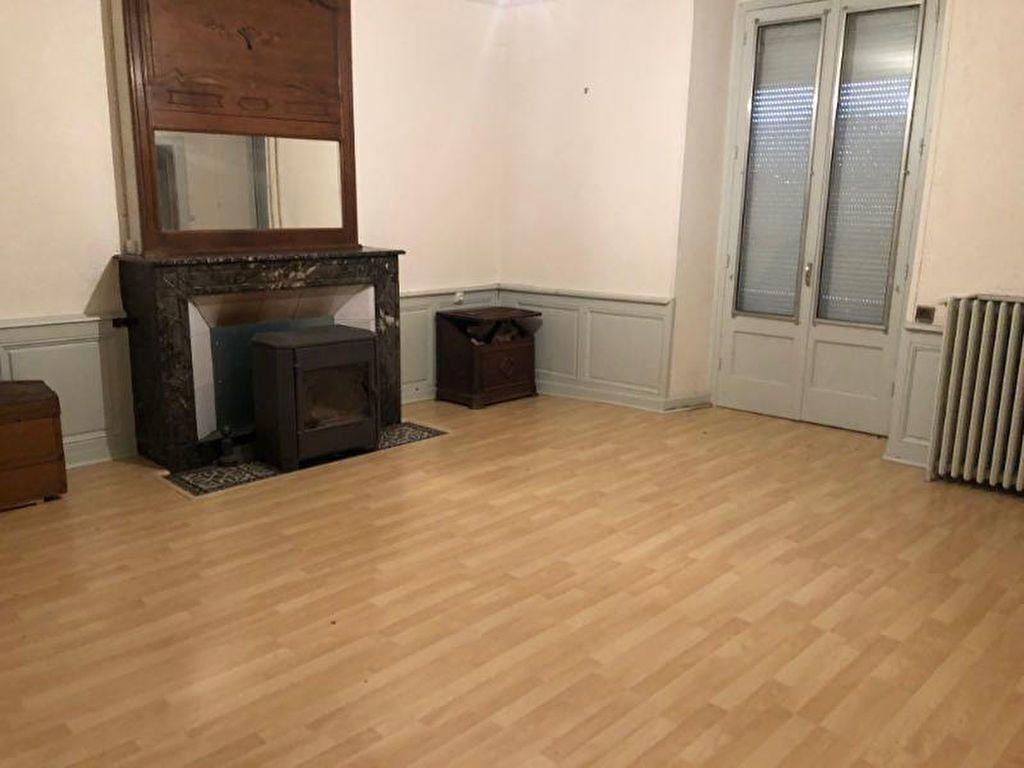 Maison à louer 15 300m2 à Bologne vignette-2