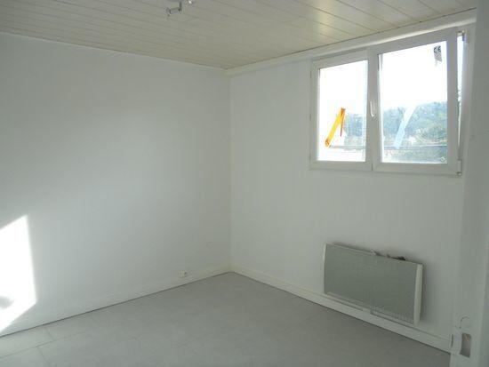 Appartement à louer 2 40m2 à Chaumont vignette-3