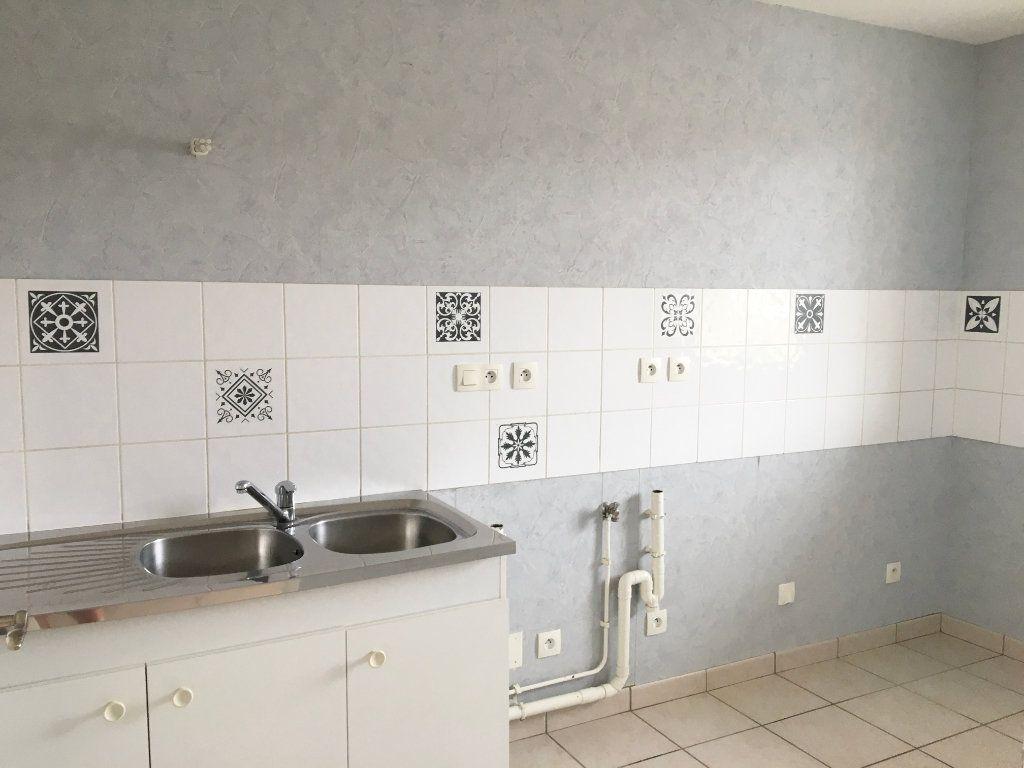 Appartement à louer 3 65m2 à Mandres-la-Côte vignette-5