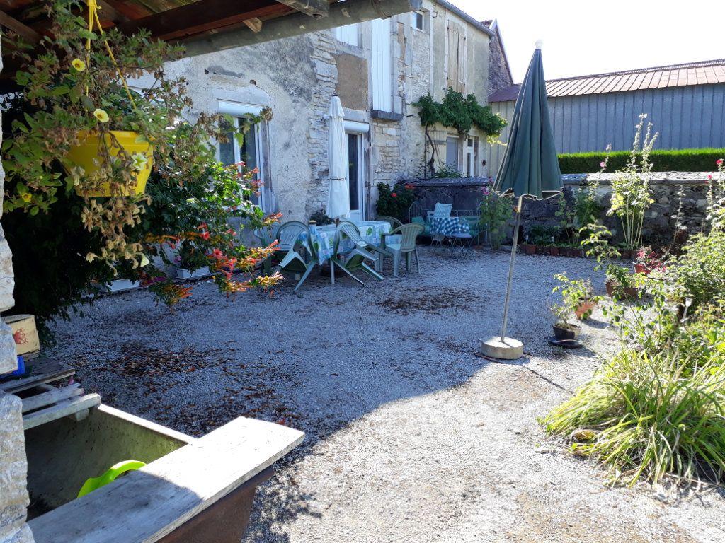 Maison à vendre 6 155.14m2 à Aubepierre-sur-Aube vignette-1