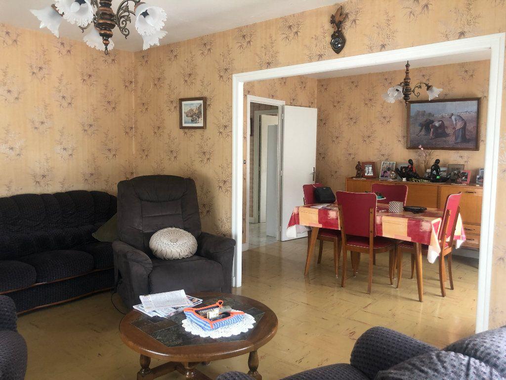Maison à vendre 5 87m2 à Doulaincourt-Saucourt vignette-2