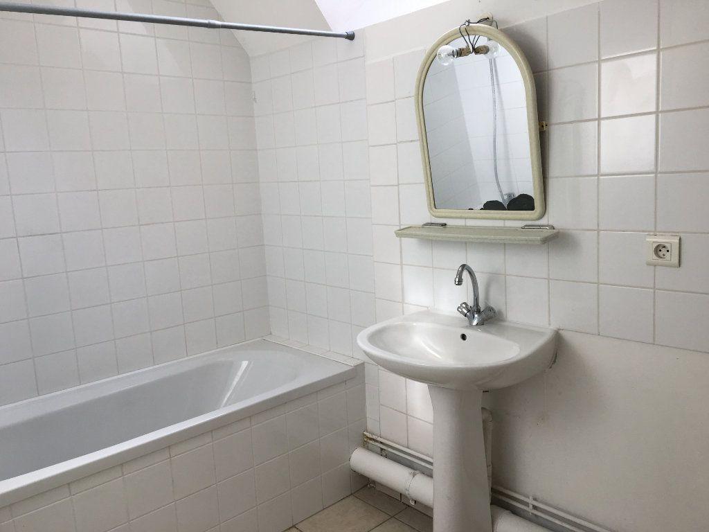 Appartement à louer 3 68m2 à Foulain vignette-4