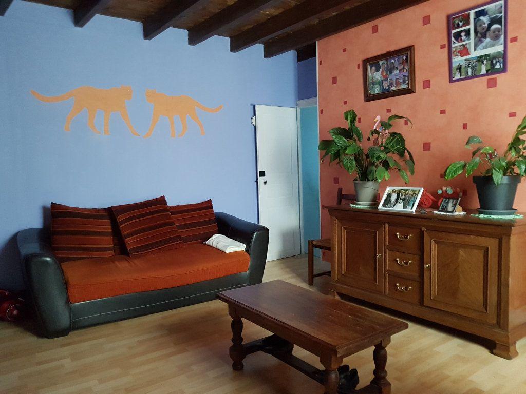 Maison à vendre 5 101m2 à Beurville vignette-4