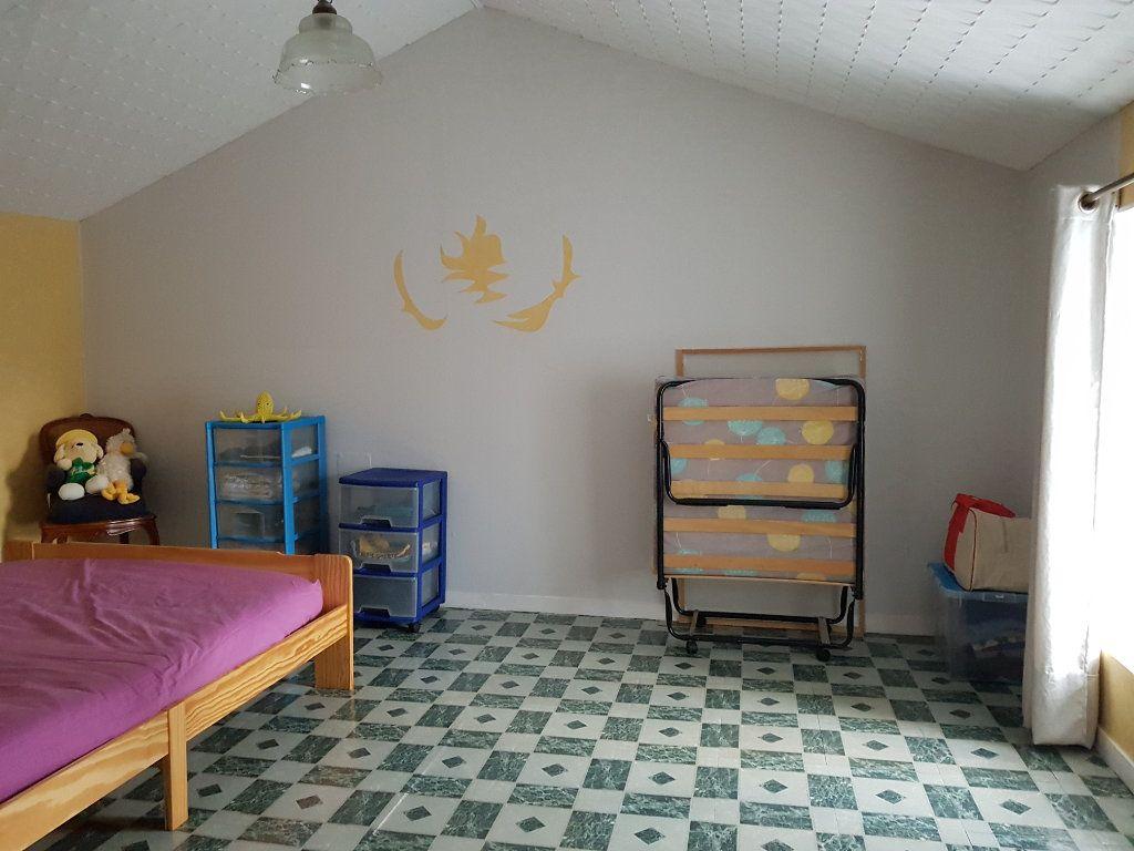 Maison à vendre 5 101m2 à Beurville vignette-8