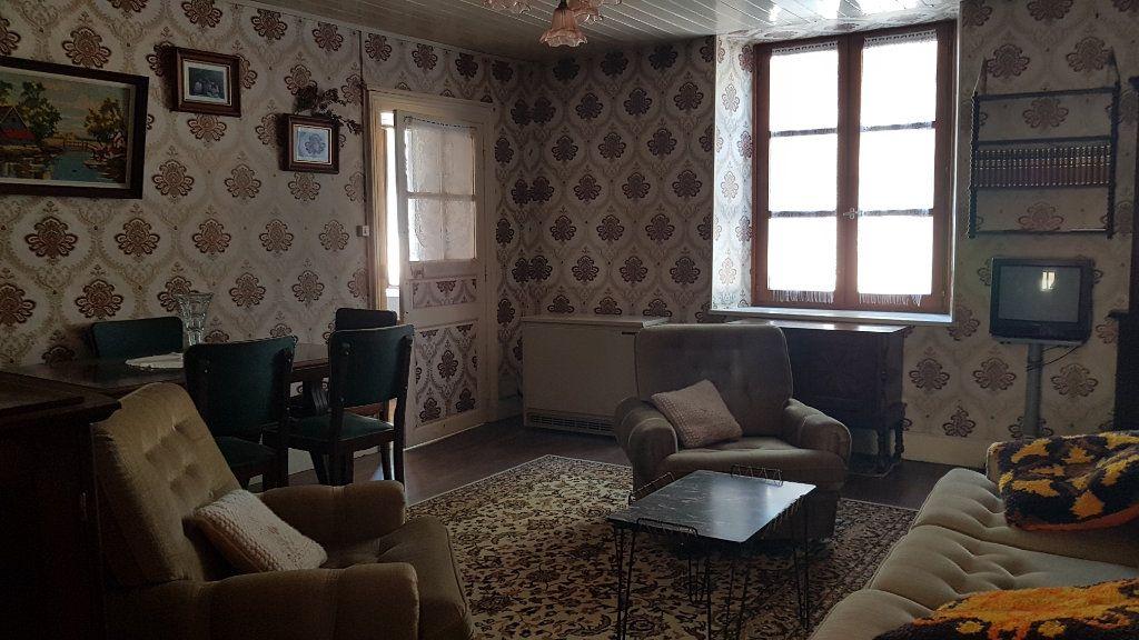 Maison à vendre 4 101m2 à Châteauvillain vignette-3
