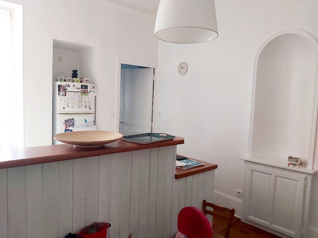 Appartement à vendre 2 53.89m2 à Dijon vignette-3