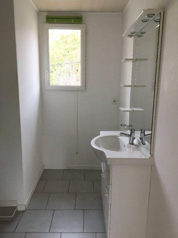 Appartement à louer 3 52m2 à Chaumont vignette-5