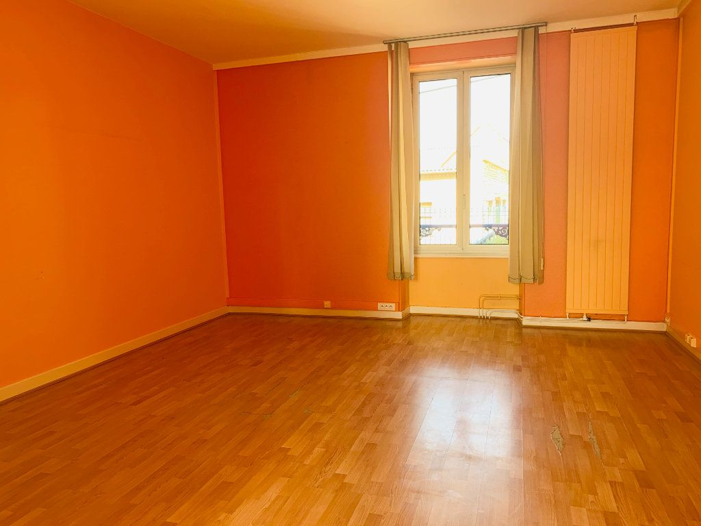 Maison à vendre 12 264m2 à Chaumont vignette-5