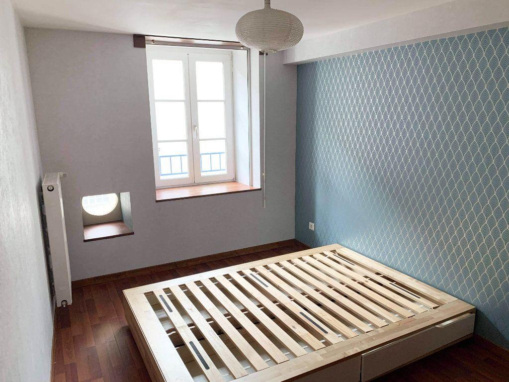 Appartement à louer 3 58m2 à Chaumont vignette-3