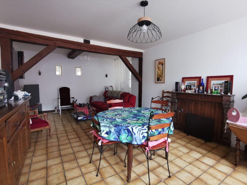 Maison à vendre 5 132.61m2 à Bologne vignette-4