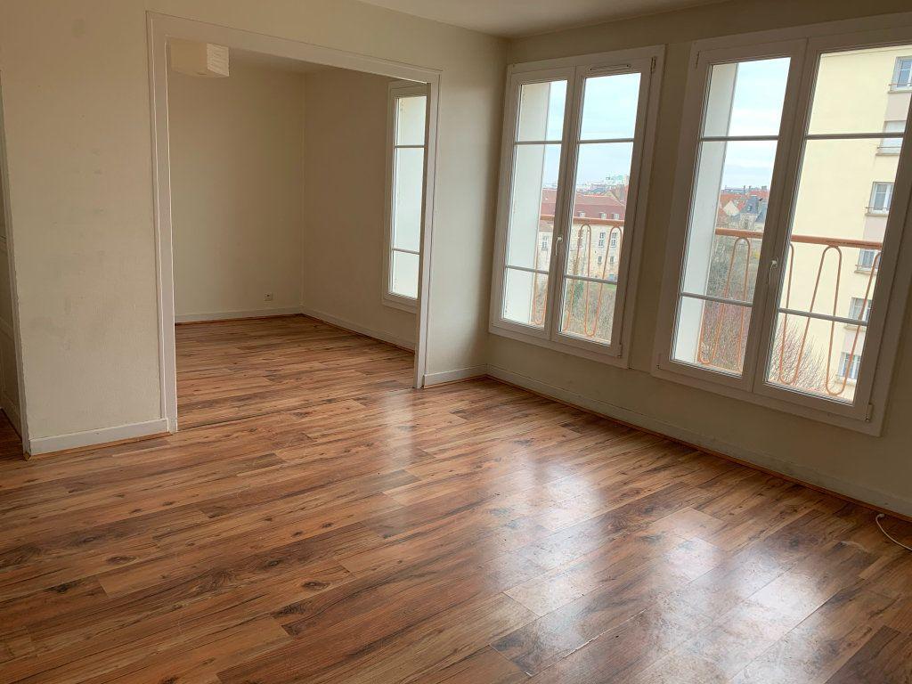 Appartement à vendre 5 75m2 à Chaumont vignette-3
