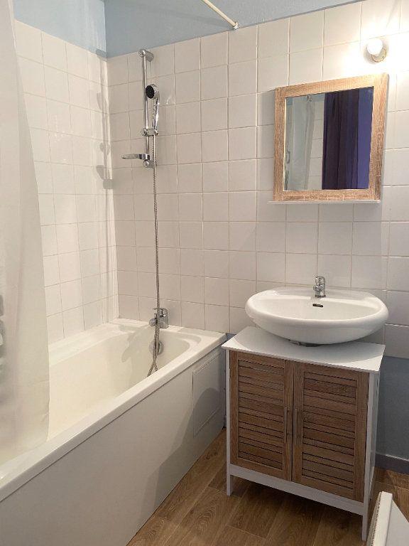 Appartement à louer 1 34m2 à Chaumont vignette-5
