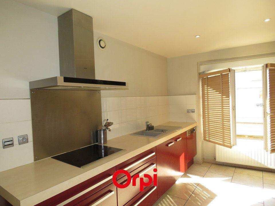 Maison à louer 7 170m2 à Ballainvilliers vignette-3