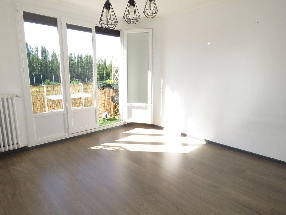 Appartement à louer 3 54.51m2 à Épinay-sur-Orge vignette-1