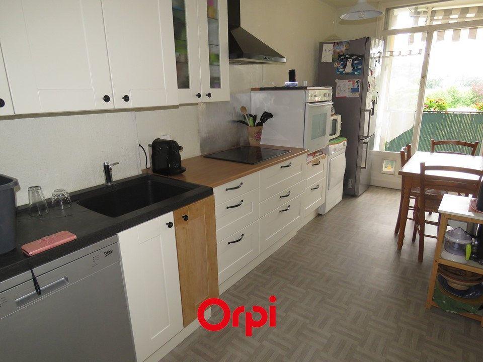 Appartement à vendre 4 75m2 à Ballainvilliers vignette-4