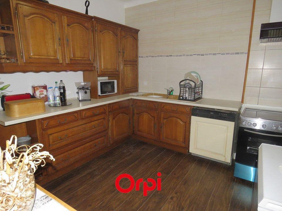 Appartement à louer 5 109.25m2 à Arpajon vignette-2