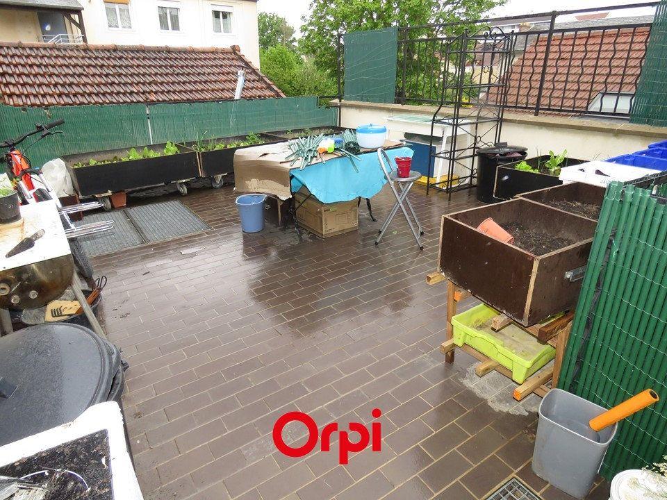Appartement à louer 5 109.25m2 à Arpajon vignette-4