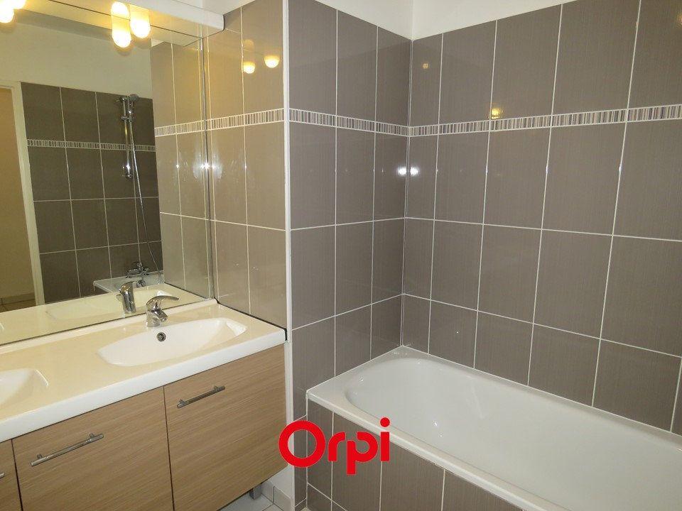 Appartement à louer 3 58.66m2 à Épinay-sur-Orge vignette-2