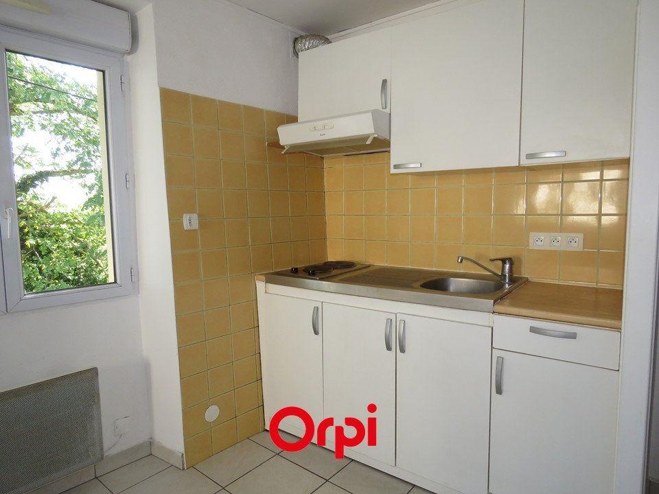 Appartement à louer 1 25.3m2 à Épinay-sur-Orge vignette-2