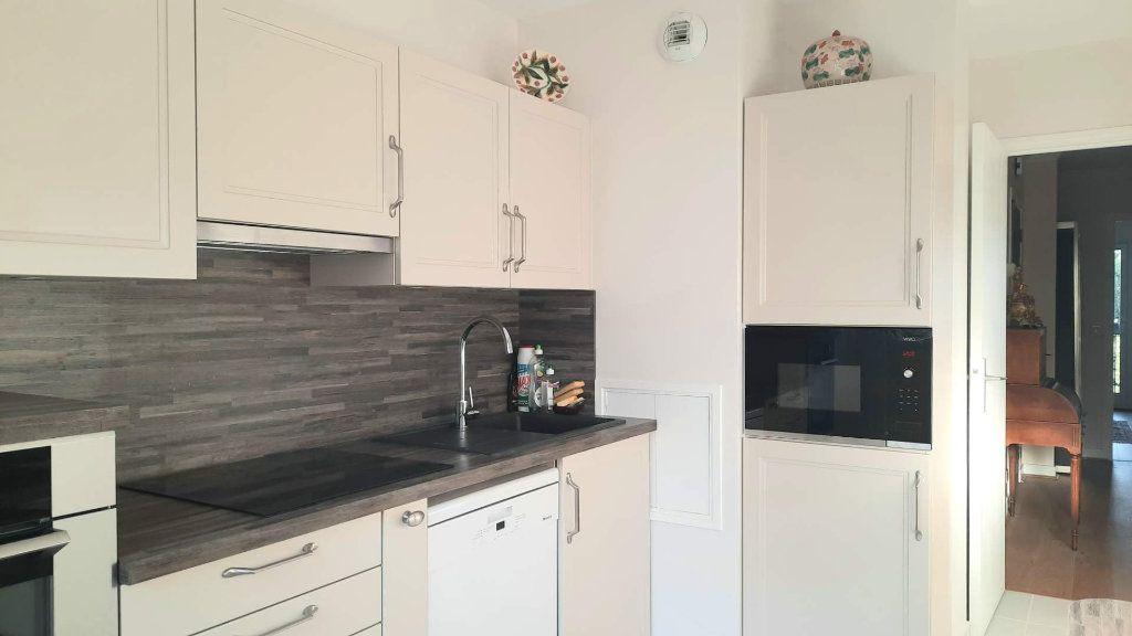 Appartement à vendre 5 98.12m2 à Savigny-sur-Orge vignette-2