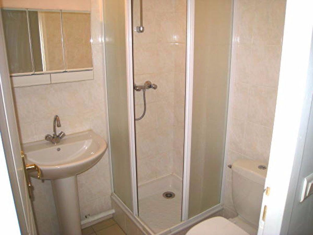 Appartement à louer 2 33m2 à Savigny-sur-Orge vignette-5