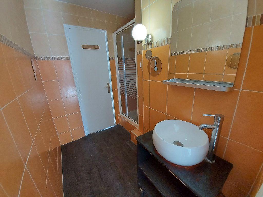 Appartement à louer 3 49.3m2 à Savigny-sur-Orge vignette-4