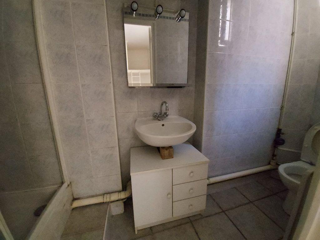 Appartement à louer 1 19m2 à Savigny-sur-Orge vignette-5