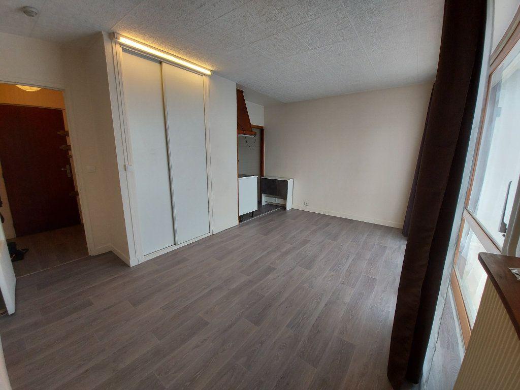Appartement à louer 1 23.31m2 à Savigny-sur-Orge vignette-4