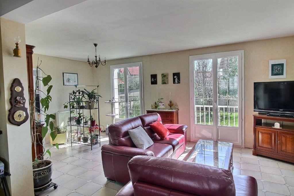 Maison à vendre 6 133m2 à Savigny-sur-Orge vignette-2