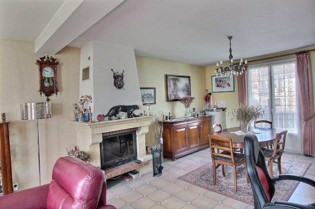Maison à vendre 6 133m2 à Savigny-sur-Orge vignette-5