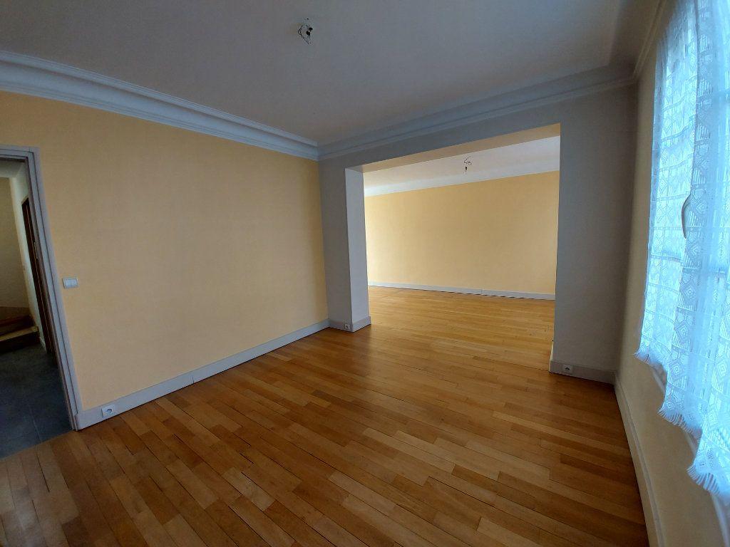 Maison à vendre 6 128m2 à Corbeil-Essonnes vignette-6