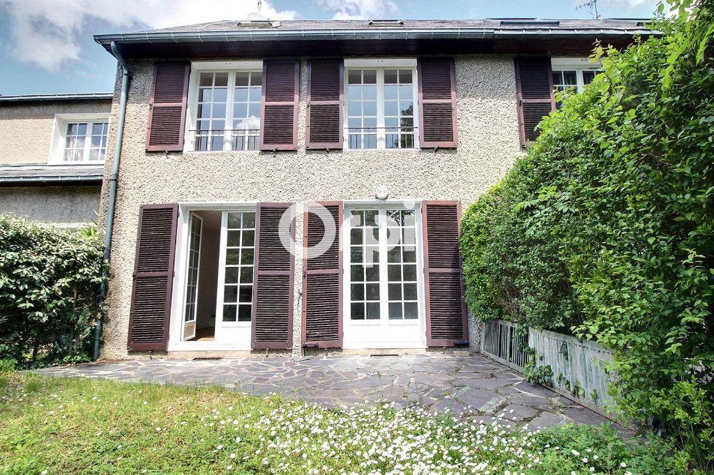 Maison à vendre 5 94m2 à Savigny-sur-Orge vignette-1